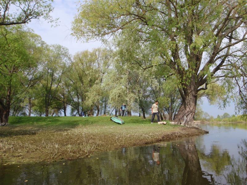 Стоянка на реке